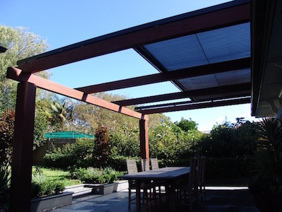 retractable-motorised-awning